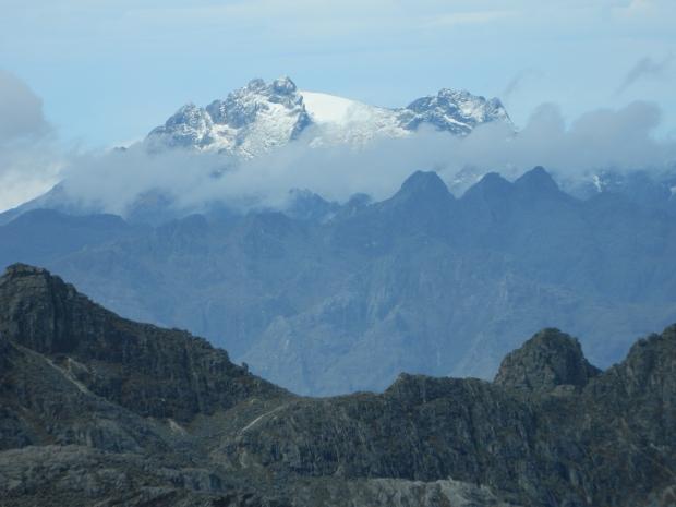 El próximo objetivo: el Pico Humboldt. Visto desde el Pico Pan de Azúcar.